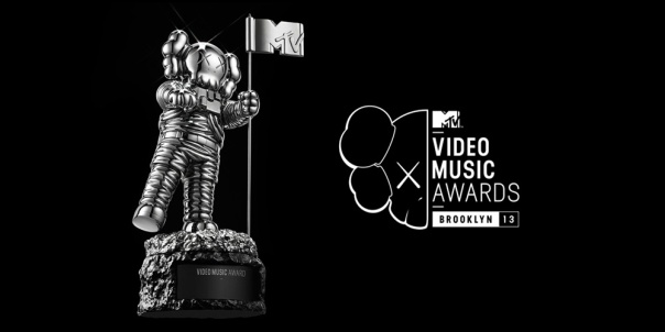 kaws-mtv-vma-moonman-2013